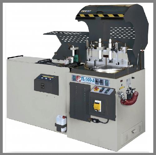 Halbautomatische Kreissäge TL-600-A. Erhältlich bei Ritke, dem Partner für maßgeschneiderte Sägelösungen aus Steinau.